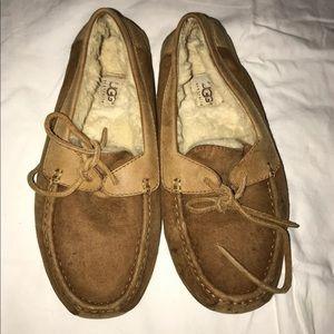 Ugg Slippers size 8 men's